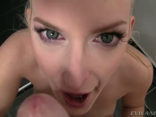 Sexy mira sunset kneels til suge david s stor kuk pov stil