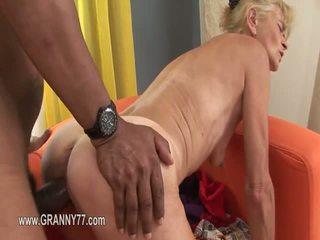 Senelė pažinčių sexing everywhere