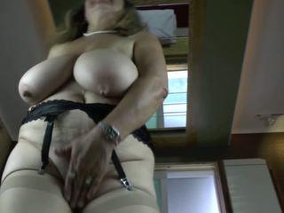 বিগ boobs, grannies, matures, milfs