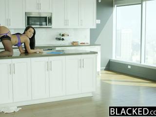 Blacked suami does tidak tahu isteri sabrina banks loves bbc