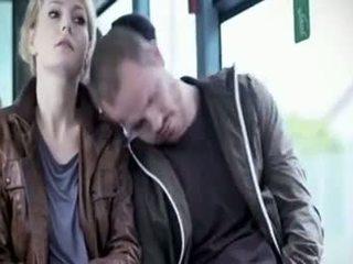 Martina hill - mangmang apuhapin sa bus