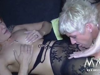 brunette, orgasm, vaginal masturbation