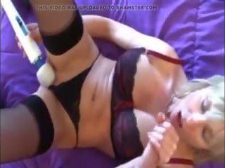 Mängimine koos emme edasi voodi pov, tasuta küpsemad porno video 16