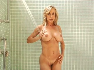 Busty Prime MILF 1: Free Mom Porn Video 2a