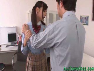 Aasialaiset koulutyttö creamed