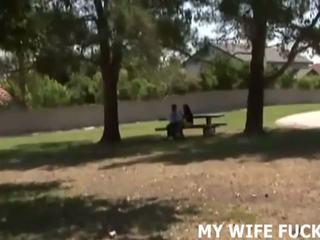 Tonton anda istri memukul sebuah stranger, gratis porno c9