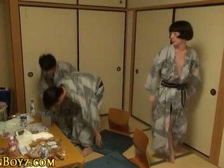 User_Uploaded_japan_b-yz__8_.mp4