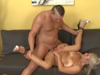 Mom Son Learning New Poses, Free Mature NL HD Porn a8
