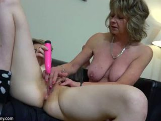 Oldnanny seksual eje with ten masturbate on bed