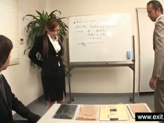 Jepang beauty ramu gangbanged di sebuah stoking