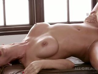 Aaliyah Love Massages Her Father S New Wife In Her Own Way