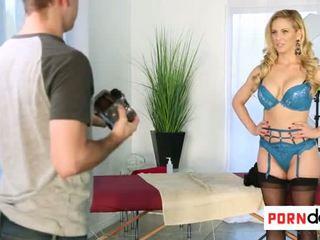Porndop.com - Mom is model for son - Porn Video 431