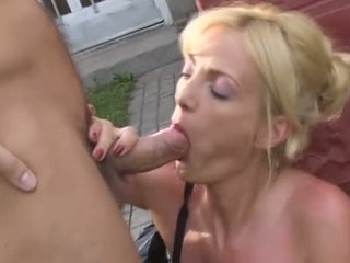Jennifer Toth from Vier Stunden Pissen 2