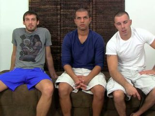 Nikko, carter & turk luaj pederast truth ose dare