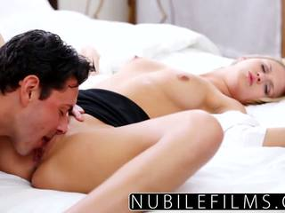 Hard fast fuck for hot college blonde