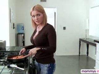 Blonde Krissy Lynn In Threesome Action