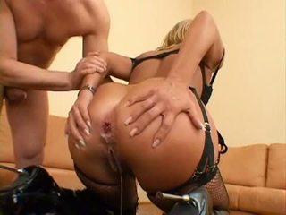 Cocklover sarah james gets henne tiny anala körd och creampie