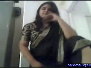 Індійська товста pussi