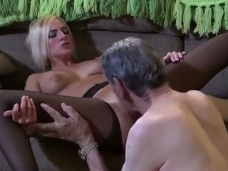 Learn From Your Old Man; This is How You Eat Pussy