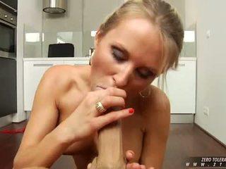 Seksual jelep laura crystal sucks o.