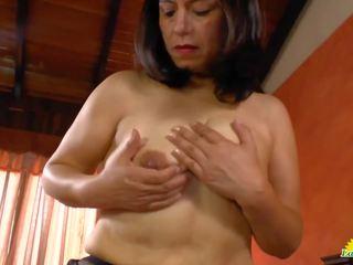 Latinchili luxurious 奶 的 anabella 的阴户 toying: 色情 fb