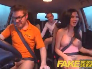 Fake driving בית ספר בחינה failure ends ב שלישיה double עוגית