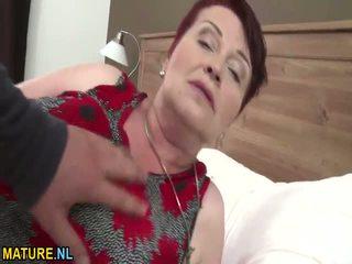 Enorme titted peluda vovó gets banged difícil
