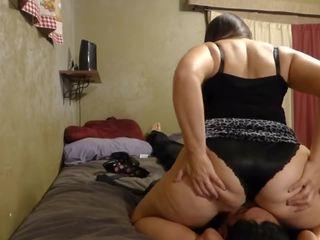 Imelda Skirt Facesit: Amateur HD Porn Video 9f