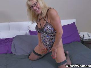 Canada's Sexiest MILFs Part 1, Free Part 1 HD Porn 2e