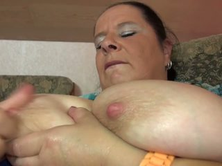 Mature Big Mom with Big Juicy Tits and Hungry Cunt: Porn 1a