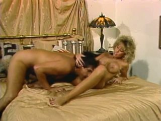 Frank James in Sex Aliens 1988, Free Blonde Porn Video 20