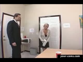 Potrebni študent bree olson zajebal s učitelj