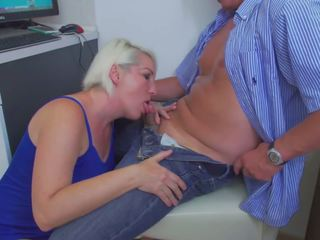 Mom Wants to Fuck Like in Porn Movie, HD Porn 88