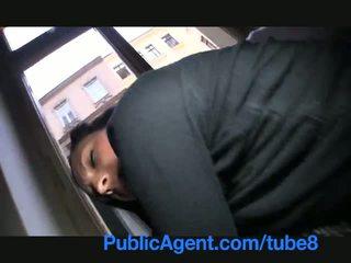 Publicagent เขา flashes เธอ หน้าอก บน the ถนน ก่อนที่ เพศ