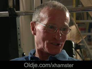 Ông nội fucks trẻ nóng cô gái âm hộ, miễn phí khiêu dâm 56