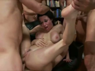 Sex Slave Training milf Veronica Avluv