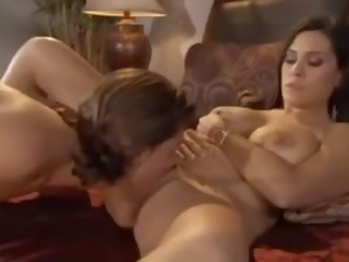 In Bed with Mommy: Free MILF Porn Video bf
