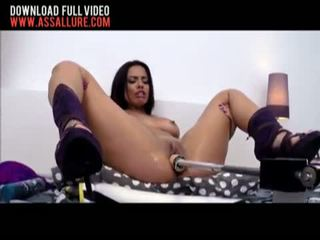 Luna Star vs The Fuck Machine