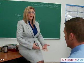 Milf õpetaja sara jay fuck õpilane