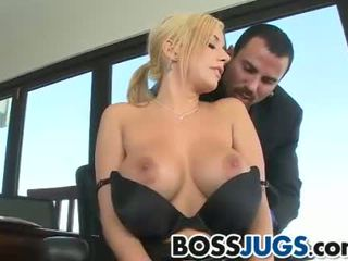 Curvy Mariah Madysinn gets banged