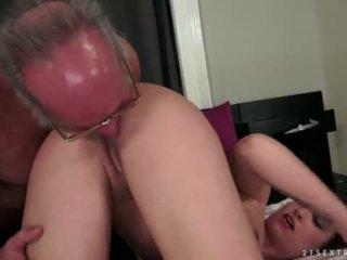 Angelina brill fucks an كبار السن gentleman