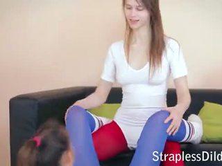Strapless Dildo Movies on straplessdildo.hugescock.com