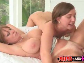 엄마 helps 딸 에 해결 섹스 문제