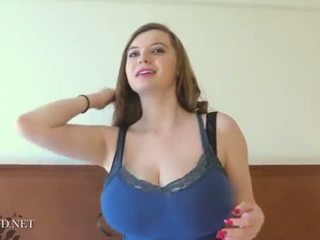 Amanda Love – Amanda On The Bed