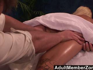 Adultmemberzone - príťažlivé naivka emma mae receives a veľmi pekný