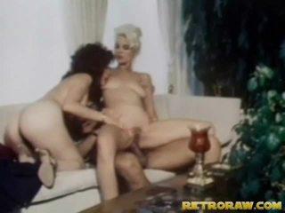 adolescenti busty în sala de sport, video în format hd babes, în bucătărie nud