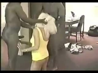 Punishing hans utroskap kone