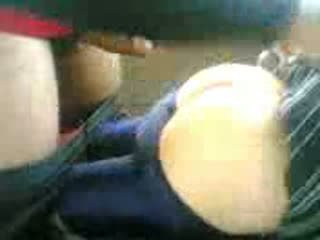 Arab teinit perseestä sisään auto jälkeen koulu video-