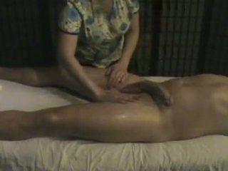 मसाज संस्थान masseuse takes ध्यान की एक बड़ा whi