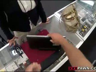বিশাল পাছা নারী screwed উপর দ্বারা pawnkeeper